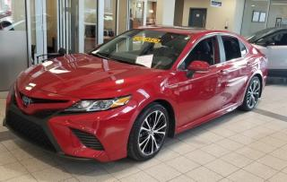 Used 2019 Toyota Camry HYBRID SE * 5.1LT/100KM COMBINÉE!!! * for sale in Longueuil, QC