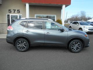 Used 2016 Nissan Rogue SL PREMIUM AWD for sale in Lévis, QC