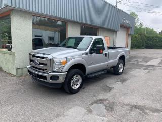 Used 2011 Ford F-350 4 RM, Cabine ordinaire, XLT for sale in Repentigny, QC