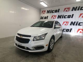 Used 2016 Chevrolet Cruze CRUZE LIMITED LT Demarreur a distance, bluetooth, camera de recul, commandes electriques, regulateur de vitesses... for sale in La Sarre, QC