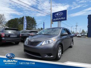 Used 2017 Toyota Sienna 5 portes LE 8 places assises, traction a for sale in Victoriaville, QC