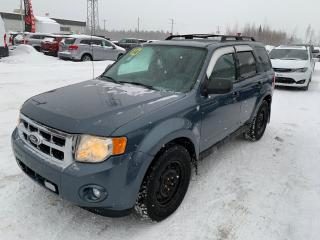 Used 2010 Ford Escape XLT for sale in Val-D'or, QC