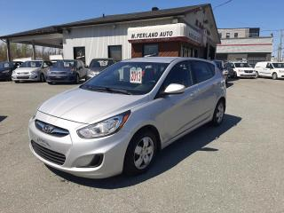Used 2013 Hyundai Accent Voiture à hayon, 5 portes, boîte automat for sale in Sherbrooke, QC