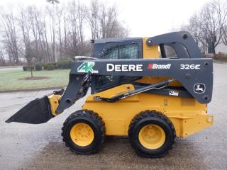 Used 2014 John Deere Skidsteer 326 E Diesel for sale in Burnaby, BC