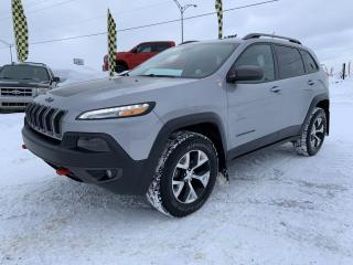 Used 2016 Jeep Cherokee Trailhawk 4 portes 4 roues motrices for sale in Chicoutimi, QC
