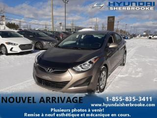 Used 2015 Hyundai Elantra L+MANUELLE+DEMARREUR+GRP ÉLECTRIQUE for sale in Sherbrooke, QC