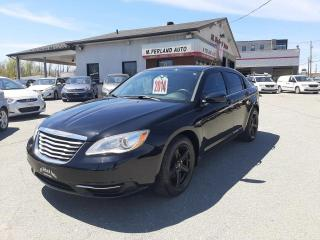 Used 2014 Chrysler 200 Berline LX 4 portes for sale in Sherbrooke, QC