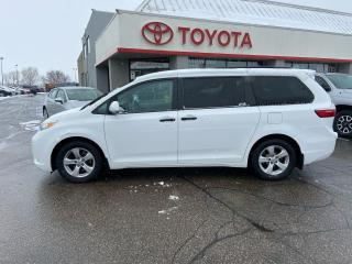 Used 2016 Toyota Sienna V6 for sale in Cambridge, ON