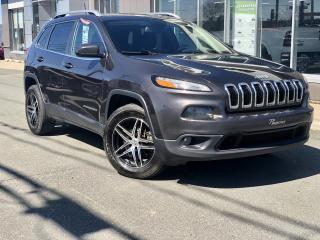 Used 2016 Jeep Cherokee NORTH V6   ''ENS. REMORQUAGE'' 4X4 for sale in Ste-Marie, QC