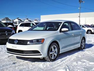 Used 2015 Volkswagen Jetta TRENDLINE+ * TOIT OUVRANT * MAGS * for sale in Brossard, QC