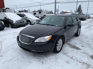 Used 2012 Chrysler 200 Berline LX 4 portes for sale in St-Jérôme, QC