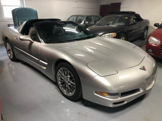Used 2004 Chevrolet Corvette Coupe Targa Glass Top for sale in Perth, ON