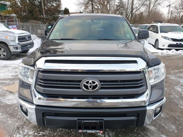 2015 Toyota Tundra SR5 Photo2