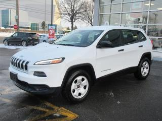 Used 2015 Jeep Cherokee Sport/Heated seats and heated steering/ for sale in Mississauga, ON