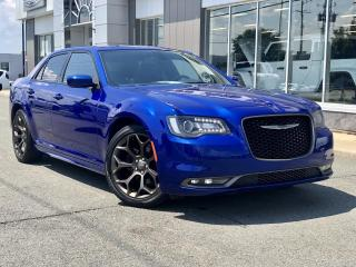 Used 2019 Chrysler 300 300S  ''TOIT PANO. CUIR GPS'' for sale in St-Malachie, QC
