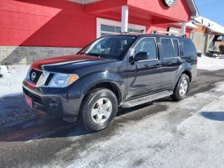 Used 2011 Nissan Pathfinder S for sale in Cornwall, ON