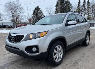 Used 2013 Kia Sorento LX, AWD , V6 for sale in New Hamburg, ON