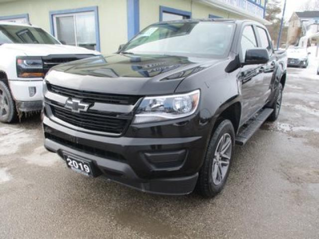 2019 Chevrolet Colorado LIKE NEW LT EDITION 5 PASSENGER 3.6L - V6.. 4X4.. CREW.. SHORTY.. BACK-UP CAMERA.. BLUETOOTH SYSTEM.. TOW SUPPORT..