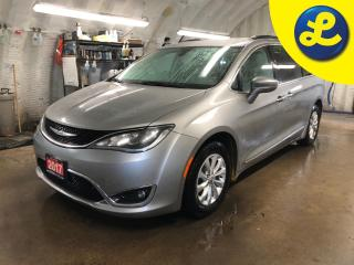 Used 2017 Chrysler Pacifica 8 Passenger * Leather interior * UCONNECT 8.4 inch touch screen * Power sliding doors/rear lift gate * Apple C for sale in Cambridge, ON