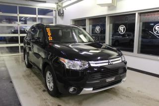 Used 2015 Mitsubishi Outlander SE Traction intégrale for sale in Lévis, QC