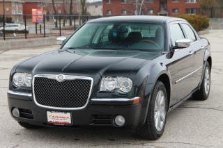 Used 2010 Chrysler 300 Limited NAVI | Leather | Sunroof for sale in Waterloo, ON