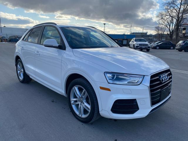 2016 Audi Q3 KOMFORT LEATHER, PAN ROOF, PWR TAILG8 & LOW KMS!!!