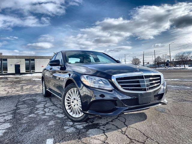 2016 Mercedes-Benz C-Class C300|PREMIUM PLUS PACKAGE| NIGHT VISION | LANE ASSIST | 360 CAMERA | SLIDING PANO SUNROOF| COLLISION MINIMIZATION BRAKES | FRONT AND REAR COLLISION WARNING | LUXURY PACKAGE