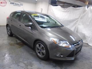 Used 2012 Ford Focus SE for sale in Ancienne Lorette, QC