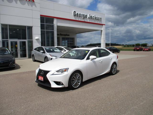 2016 Lexus IS 300 Luxury