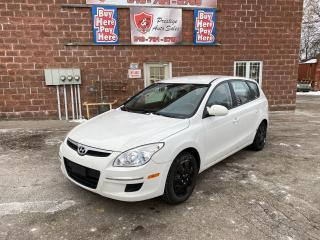 Used 2011 Hyundai Elantra Touring GL2L/5 SPEED/SAFETY INCLUDED for sale in Cambridge, ON