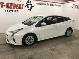 Used 2017 Toyota Prius 5DR HB for sale in St-Hubert, QC