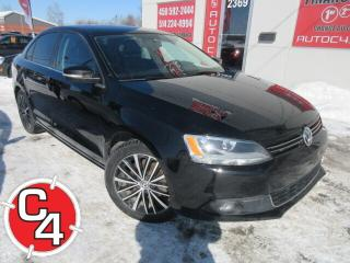 Used 2014 Volkswagen Jetta Highline TDI CUIR TOIT MAG BLUETOOTH for sale in St-Jérôme, QC