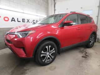 Used 2016 Toyota RAV4 CAMERA SIÉGES CHAUFFANTS AUTO A/C CRUISE for sale in St-Eustache, QC