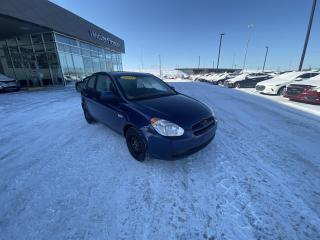 Used 2011 Hyundai Accent L, AUTOMATIQUE, 12VOLT, PNEU D'HIVER for sale in Mirabel, QC