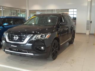 Used 2017 Nissan Pathfinder Platinum Midnight for sale in Beauport, QC