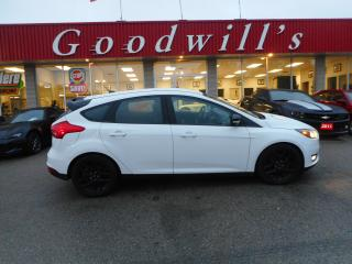 Used 2016 Ford Focus SE! CLEAN CARPROOF! BACKUP CAM! BLUETOOTH! for sale in Aylmer, ON