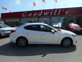 Used 2015 Mazda MAZDA3 TOURING! NAVI! BACKUP CAMERA! BLUETOOTH! for sale in Aylmer, ON