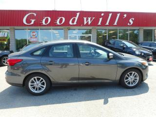 Used 2015 Ford Focus HEATED SEATS! SUNROOF! BACKUP CAM! BLUETOOTH! for sale in Aylmer, ON