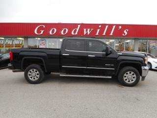 Used 2015 GMC Sierra 2500 HD SLT! CREW! HEATED SEATS! REMOTE START! NAVI! for sale in Aylmer, ON