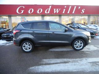 Used 2017 Ford Escape SE! HEATED SEATS! BACKUP CAMERA! REMOTE START! for sale in Aylmer, ON