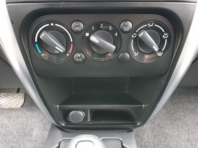 2009 Suzuki SX4 JX Photo14