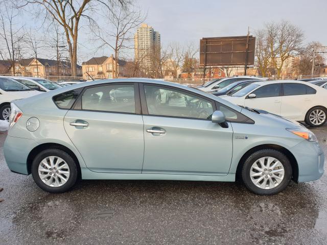 2013 Toyota Prius  Photo7
