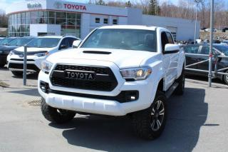 Used 2017 Toyota Tacoma TRD Sport Double Cab V6 4RM BA for sale in Shawinigan, QC