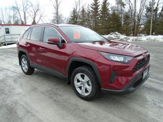 Used 2019 Toyota RAV4 LE AWD for sale in Beaverton, ON