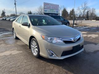 Used 2014 Toyota Camry XLE for sale in Komoka, ON