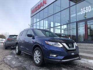 Used 2017 Nissan Rogue SV AWD BIEN EQUIPEE BAS 27600 KM for sale in Lévis, QC