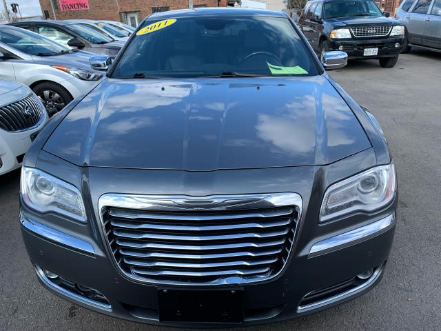 2011 Chrysler 300 300C**Heated Wheel*Nav*Vented Seats**