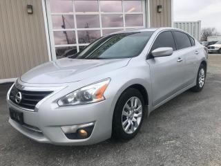 Used 2013 Nissan Altima 2.5 S for sale in Tilbury, ON