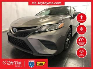 Used 2018 Toyota Camry LE HYBRIDE GR AMÉLIORÉ * SIEGES CHAUFFANTS, AC * for sale in Québec, QC