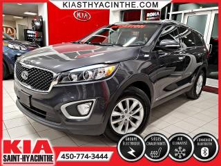 Used 2017 Kia Sorento LX AWD * SIÈGES CHAUFFANTS / MAGS for sale in St-Hyacinthe, QC